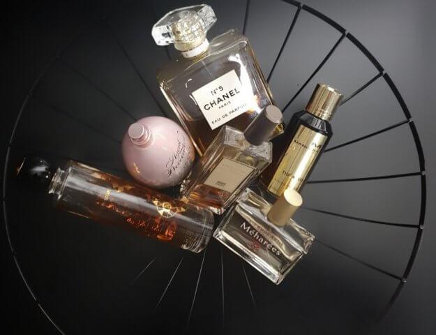 Najlepsze perfumy na zimę. Zapachowa zmiana warty