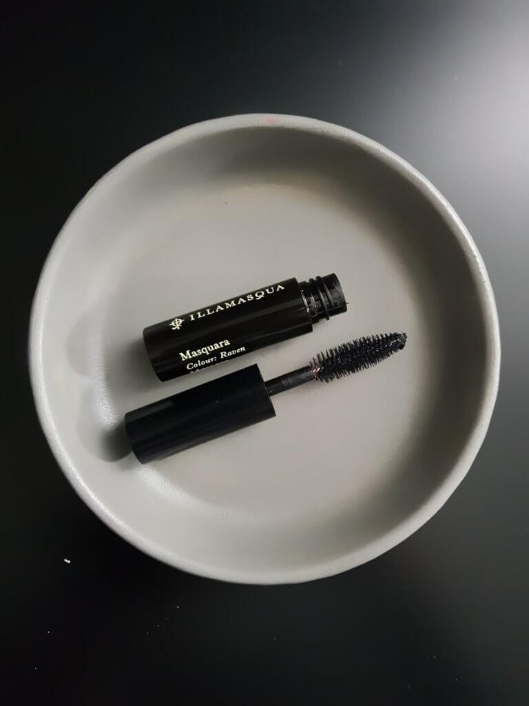 Kosmetyki Illamasqua - przetestowałam box Lookfantastic