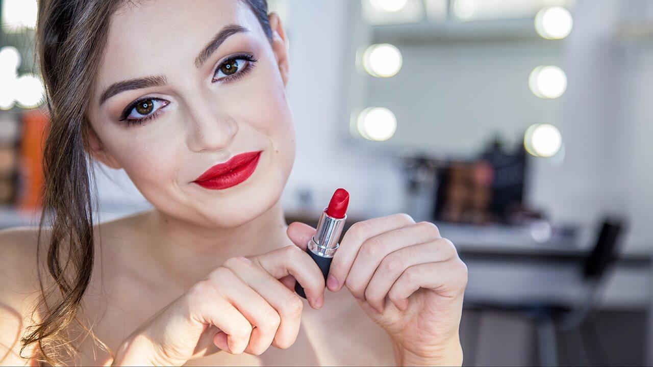 Tanie i dobre kosmetyki do makijażu - top 9 - wybór zawodowej makijażystki